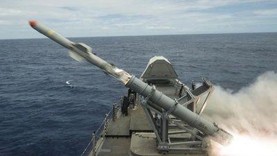 Tường tận hệ thống điều khiển tên lửa trên tàu chiến mặt nước hiện đại