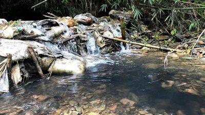 Hành trình truy thủ phạm vụ đổ trộm dầu thải gây ô nhiễm nước sông Đà