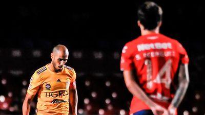 Cầu thủ Mexico đình công khi để đối thủ ghi bàn