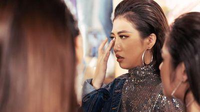 Khán giả bức xúc vì Hoa hậu Hoàn vũ Việt Nam nhiều chiêu trò