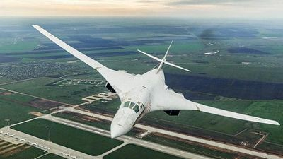 Oanh tạc cơ Tu-160M2 mạnh nhất của Nga xuất hiện ở nơi không ngờ tới