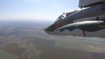 'Mãn nhãn' với màn diễn tập của 'xe tăng bay' Su-25SM3 Nga