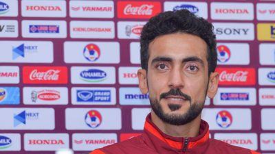 Hậu vệ UAE bất ngờ chúc tuyển Việt Nam may mắn
