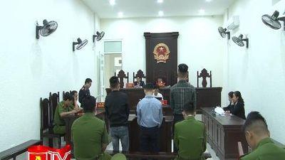 Hà Nội: Xét xử nhóm đối tượng buôn lậu xe ô tô
