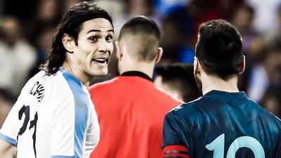 Messi, Aguero, Suarez và Cavani cùng ghi bàn trong một trận