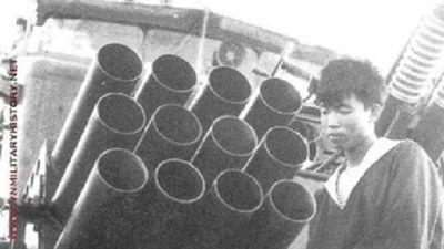 Sáng tạo: Hải quân Việt Nam đưa 'pháo dàn' H12 lên tàu chiến từ khi nào?