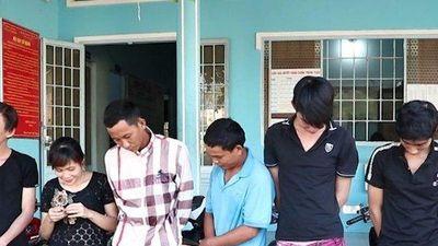 Bắt quả tang nhóm thanh niên nam, nữ sử dụng trái phép chất ma túy trong quán cà phê