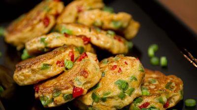 Mẹo làm chả cá từ đậu phụ, nấm hương