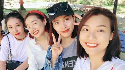 Nhã Phương, Jun Vũ, Khổng Tú Quỳnh và dàn sao dự đám cưới Hoàng Oanh
