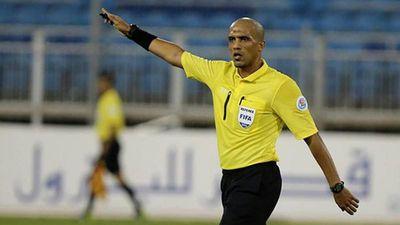 Xử ép đội tuyển Việt Nam, trọng tài Ahemd Alkaf nhanh chóng bị 'nghiệp quật'