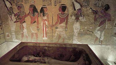 Chấn động: Cái chết của Pharaoh Tutankhamun cuối cùng đã được giải mã?