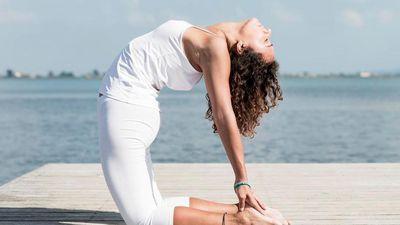 7 tư thế yoga loại bỏ căng thẳng