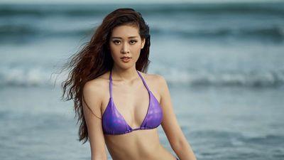 Hoa hậu Khánh Vân khoe dáng gợi cảm với bikini