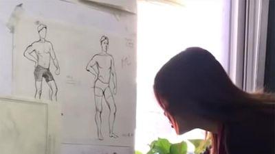 Sinh viên mỹ thuật đùa giáo viên bằng những bức vẽ như thật