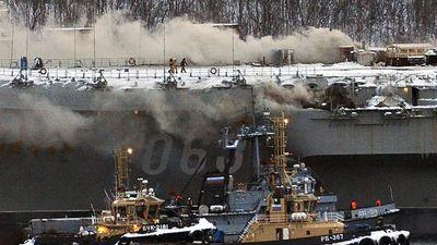 Cháy tàu sân bay Nga, một người thiệt mạng