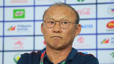 HLV Park trả lời tại Hàn Quốc: 'Mục tiêu của Việt Nam là dự Olympic'