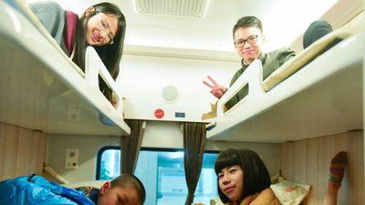 Người trẻ nghĩ về Tết: 'Điều mong ngóng nhất là được về nhà'