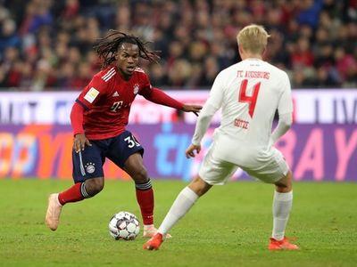 Phung phí quá nhiều cơ hội và mắc những sai lầm cá nhân, Bayern Munich đã lần đầu tiên mất điểm dưới thời HLV Niko Kovac.
