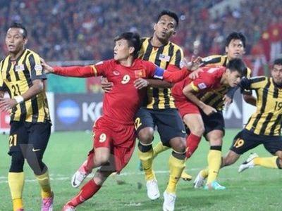 Xét về quá trình lịch sử đối đầu của hai đội thì tuyển Việt Nam có nhiều chiến thắng hơn nhưng thời gian gần đây bóng đá Malaysia đã thay đổi nhiều và không ít lần họ đã trở thành khắc tinh thực sự của bóng đá Việtở đấu trường khu vực.