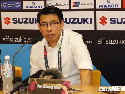 HLV Tan Cheng Hoe của Malaysia thừa nhận, cầu thủ của ông đã run rẩy khi xâm nhập vòng cấm đội tuyển Việt Nam.