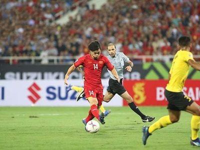 Với đấu pháp tốt mà tuyển Việt Nam đã áp dụng trong trận đấu với Malaysia, chúng ta đã giành chiến thắng thuyết phục trước đối thủ được cho là mạnh nhất ở vòng bảng, nhưng cũng bộc lộ một vài vấn đề.