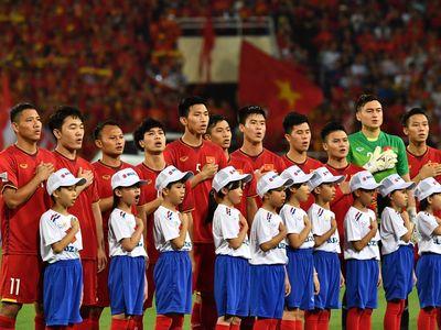 Phóng viên Mo Pho Konnt của nhật báo thể thao Myanmar chia sẻ một số nhận định trước thềm trận đấu giữa đội chủ nhà và tuyển Việt Nam tại vòng bảng AFF Cup 2018 vào ngày 20/11.