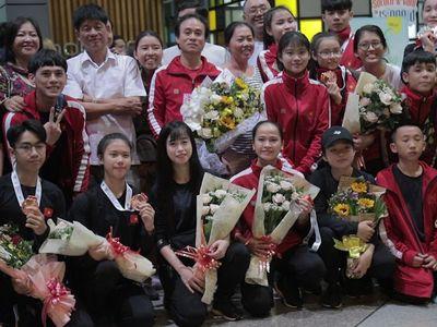 Châu Tuyết Vân và các đồng đội đã có phần thi rất tốt ở nội dung quyền đồng đội 5 người. Thế nhưng, tấm huy chương Vàng thế giới vẫn ngoảnh mặt với đội tuyển quyền taekwondo Việt Nam 1 cách đáng tiếc.
