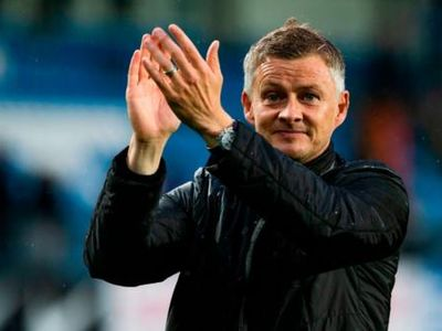 Man United bổ nhiệm Ole Gunnar Solskjaer làm HLV tạm quyền