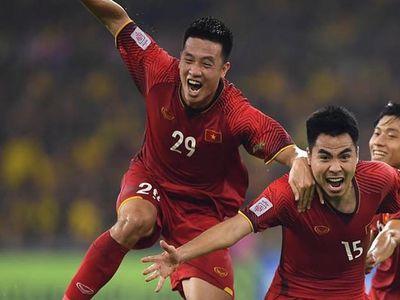Tiền vệ Huy Hùng lo ngại thể lực là vấn đề rất đáng ngại của tuyển Việt Nam trước trận quyết đấu với Jordan ở vòng 1/8 Asian Cup 2019.