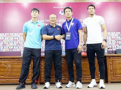 HLV Park Hang Seo đặt niềm tin tiền đạo Nguyễn Công Phượng ghi bàn vào lưới Thái Lan ở ngày mai.