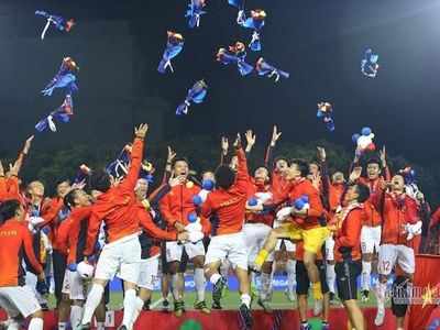 U22 Việt Nam giải cơn khát vàng SEA Games, bóng đá Việt Nam vô đối ở Đông Nam Á, giờ là lúc thầy trò HLV Park Hang Seo bước ra sân khấu thế giới…