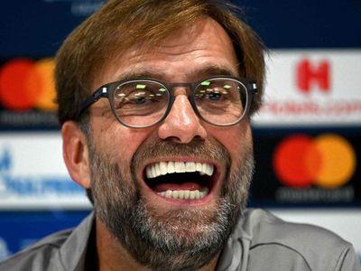 Trước trận derby nước Anh diễn ra lúc 23h30 ngày 19/1, huấn luyện viên Klopp khẳng định Man United là tập thể chất lượng và có cơ hội nằm trong nhóm dự Champions League mùa này.