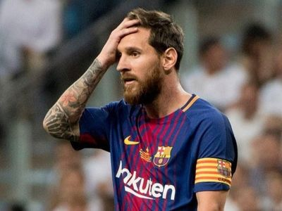Ông Joan Laporta, cựu chủ tịch Barca, lo ngại những vấn đề đang tồn tại ở câu lạc bộ này có thể khiến siêu sao Lionel Messi ra đi.