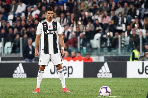 Cristiano Ronaldo sẽ không được sút phạt nữa