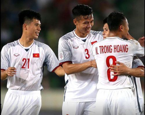 BLV Quang Huy nhận xét bất ngờ khi Việt Nam thắng đậm Lào