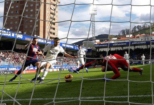Địa chấn tại La Liga, Real thua 'sấp mặt' trước Eibar
