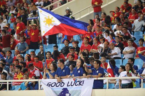 Khoảnh khắc đẹp trận Việt Nam - Philippines