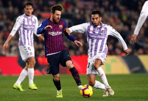 Barcelona thi đấu kém nhưng vẫn có 3 điểm nhờ Messi