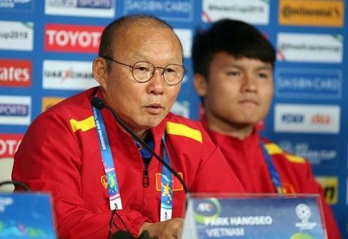 Lý do bất ngờ khiến HLV Park Hang-seo không triệu tập Quang Hải