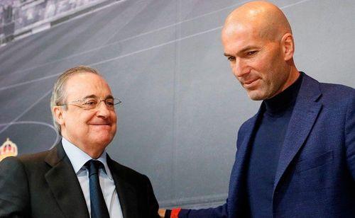 Zidane và Chủ tịch Perez cải nhau