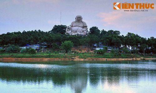 Khám phá ngọn núi Cấm huyền thoại của Nam Bộ