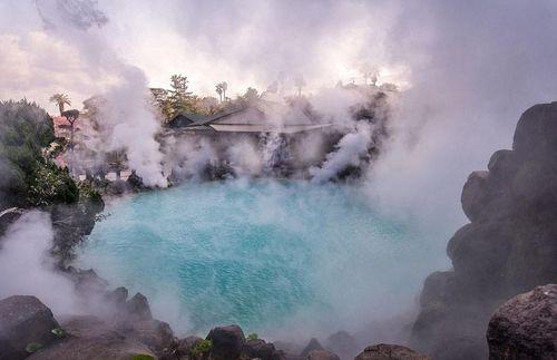 Khám phá thánh địa suối nước nóng của Nhật Bản