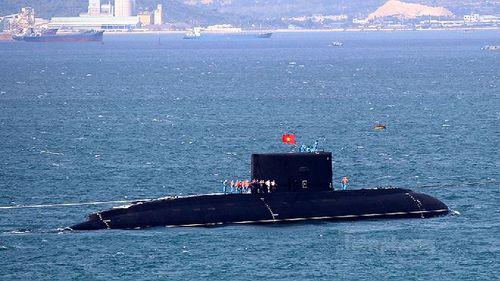 Toàn cảnh 6 tàu ngầm kilo đã về Cam Ranh