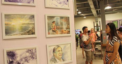 Triển lãm tranh nghệ thuật nhiều thể loại đầu tiên tại Đà Nẵng
