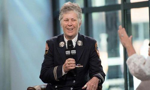 Nữ cảnh sát chữa cháy đầu tiên của New York và chuyện khó tin đằng sau