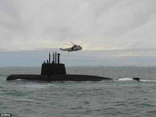 Hải quân Argentina dốc lực tìm kiếm tàu ngầm mất tích