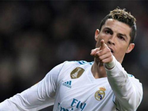 Real 5-2 Sociedad: Ronaldo thăng hoa với hat-trick hoàn hảo