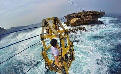 Cáp treo vượt biển Timang: Yếu bóng vía nên tránh xa!
