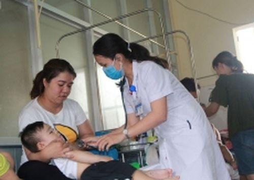 Bệnh tay chân miệng gia tăng mạnh ở Đác Lắc