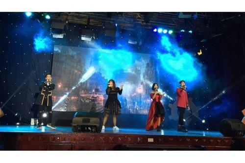 Đêm nhạc hội đầy cảm xúc của sinh viên trường Báo